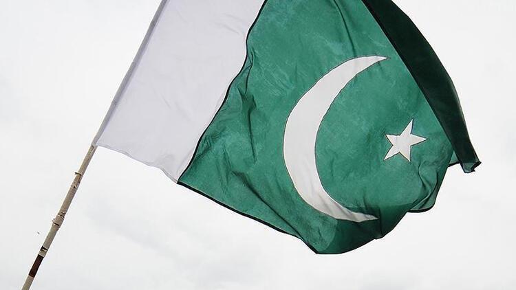 Pakistanda marketlerde Fransız ürünleri boykot ediliyor