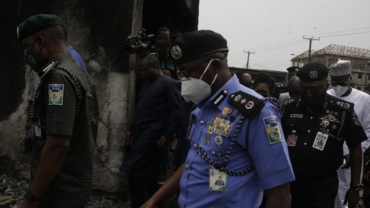 Nijerya'da askeri aracın çarptığı mayının patlamasıyla 9 asker öldü