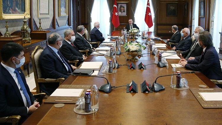 Cumhurbaşkanlığı Yüksek İstişare Kurulu, Cumhurbaşkanı Erdoğan başkanlığında toplandı