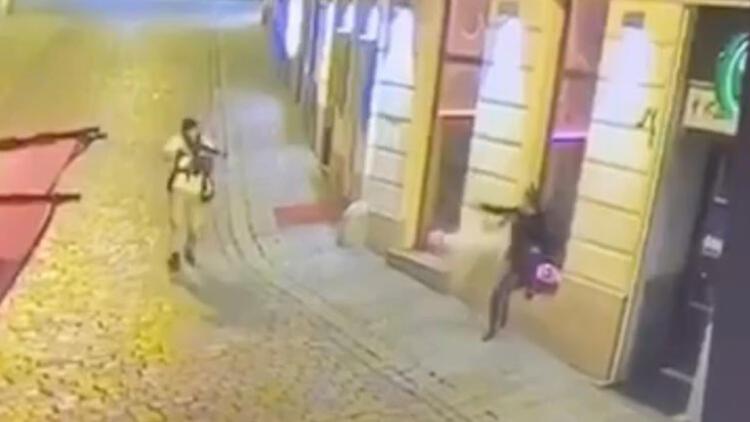 Viyana saldırganı, şartlı tahliye edilmiş