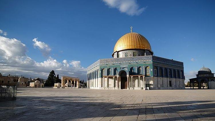İsrail 2 bin Filistinlinin Mescid-i Aksa'ya girişine izin vermedi