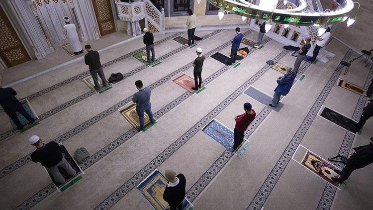 Almanya'da camiye çirkin tehdit