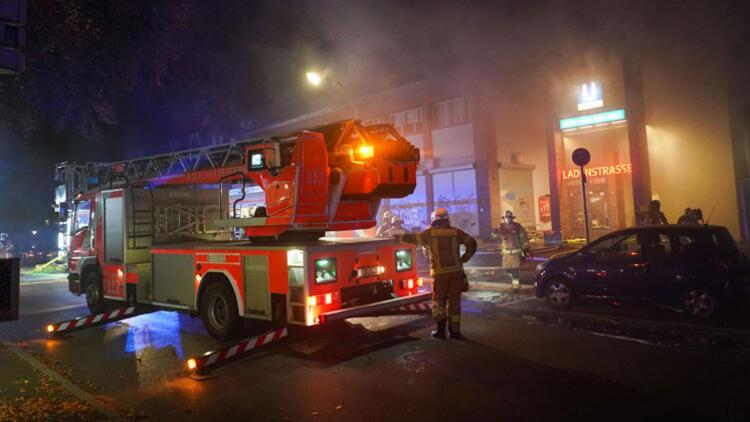 Berlin'de korkutan yangın