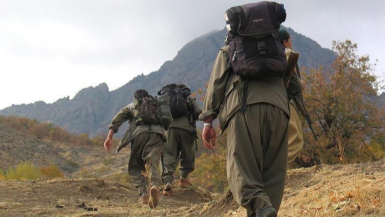 PKK'dan kaçan kaçana! 5 terörist daha teslim oldu
