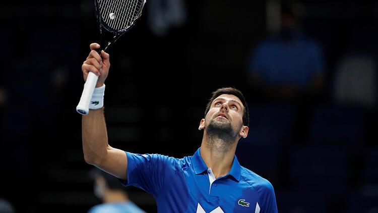 ATP Finalleri'nde Sırp Djokovic, Arjantinli Schwartzman'ı 2-0 mağlup etti