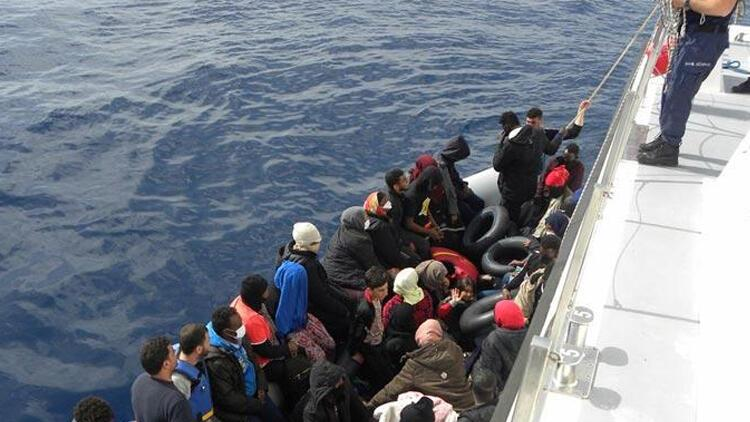 Yunanistan'ın ölüme ittiği sığınmacıları Türkiye kurtardı