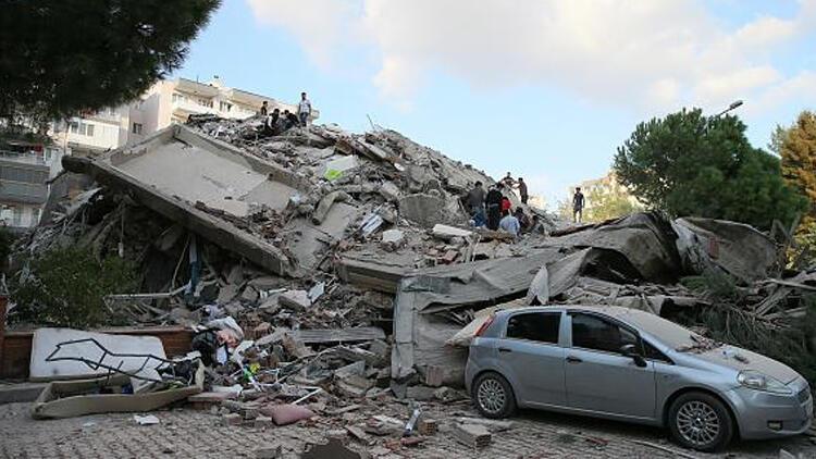 İzmir depreminde otomobil hasarlarını kasko giderecek