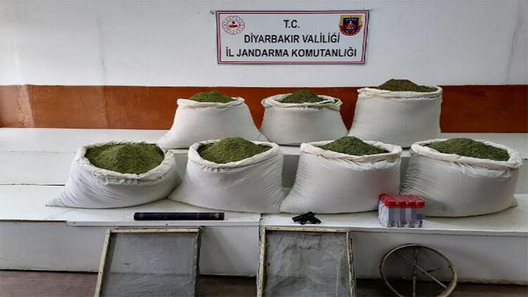 Diyarbakır'da 308 kilo esrar ele geçirildi