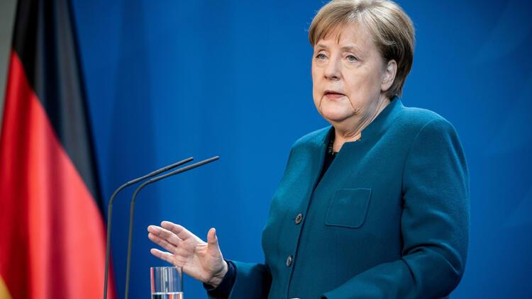 Merkel'den koronavirüs mesajı