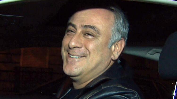 Turgut Tunçalp ve eşi İlayda Atmaca, Cihangir'de...