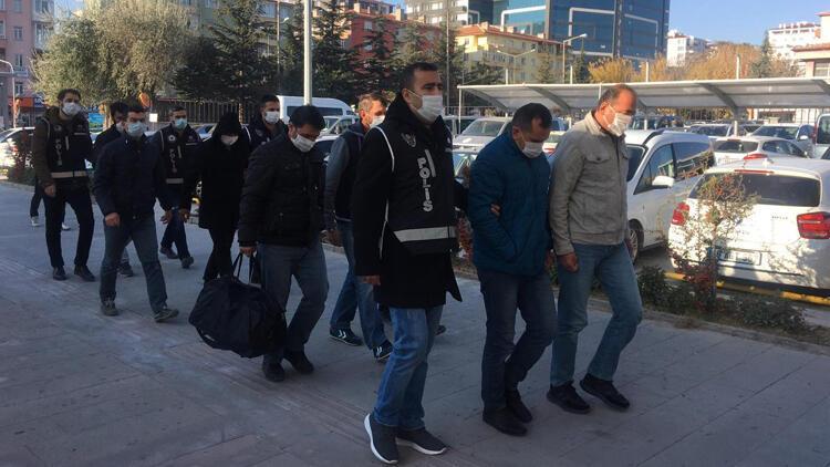 FETÖ'den gözaltına alınan 25 şüpheliden 9'u adliyeye sevk edildiler
