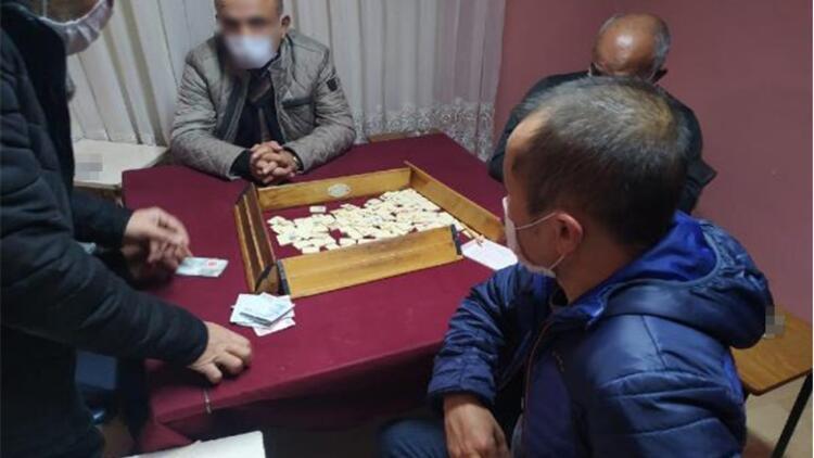 Eskişehir'de kumar oynarken yakalanan 31 kişiye 135 bin 625 lira ceza