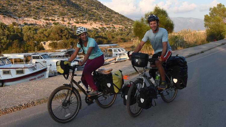 Fransız çift bisikletle Türkiye turu yaptı