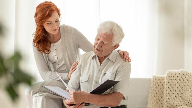 Alzheimer'da sağlıklı iletişim en az ilaç tedavisi kadar önemli
