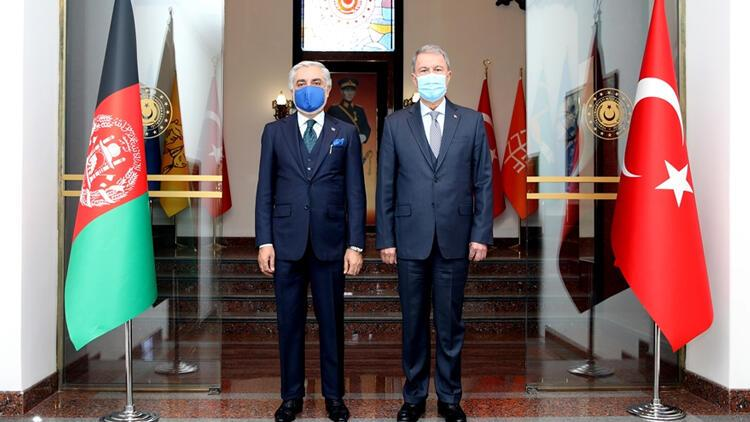 Milli Savunma Bakanı Akar, Afganistan Milli Uzlaşı Yüksek Konseyi Başkanı ile görüştü