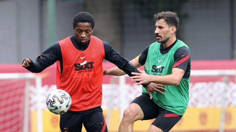 Galatasaray'da Kayserispor hazırlıkları! Luyindama ve Falcao'nun tedavileri sürüyor...