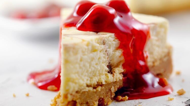Tadı damakta kalan mükemmel bir cheesecake nasıl yapılır?