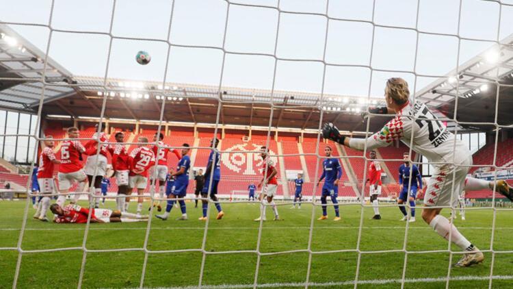 Bundesliga'da heyecan yeniden başlıyor! İşte ilk 7 karşılaşma