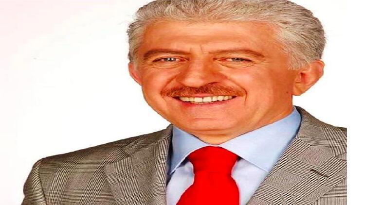 Koronavirüsten ölen eski belediye başkanı, toprağa verildi