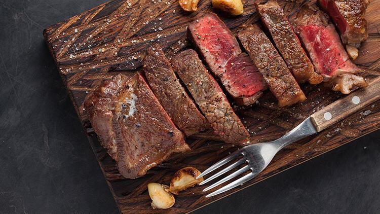 Damak çatlatan lezzette etler pişirmeye var mısınız? İşte sizi mutfakta unutulmaz yapacak 5 ipucu