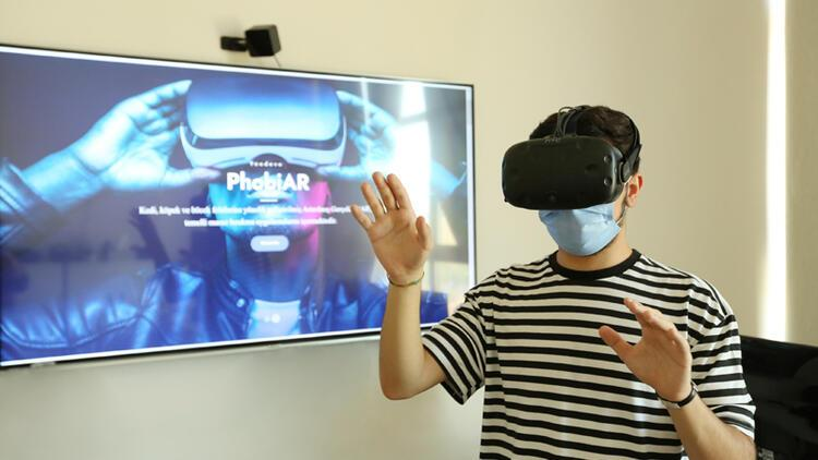Hasan Kalyoncu Üniversitesi'nde Türk bilim insanları geliştirdi: Artırılmış gerçeklik teknolojisi fobi tedavisinde kullanılacak