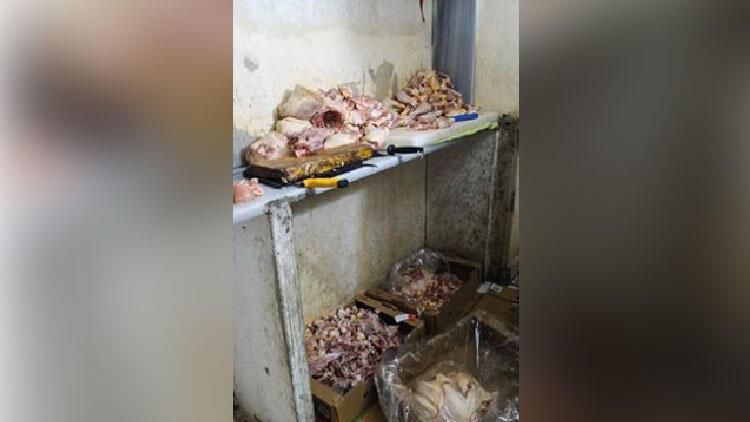 Kayseri'de uygunsuz koşullarda et parçalayan 4 işletmeye ceza yağdı