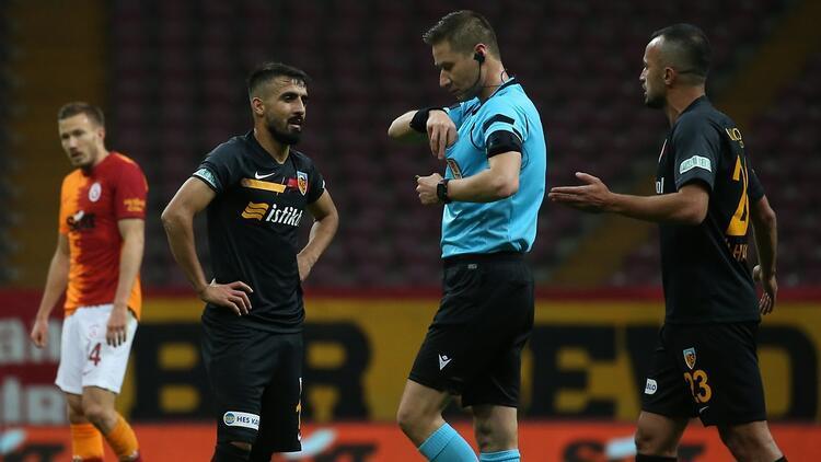 Son Dakika | Galatasaray maçında kırmızı kart gören Muğdat Çelik'e ceza yolda...
