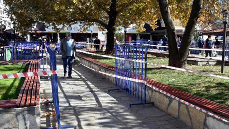 Muğla'da polis, oturma yerlerine güvenlik şeridi çekti