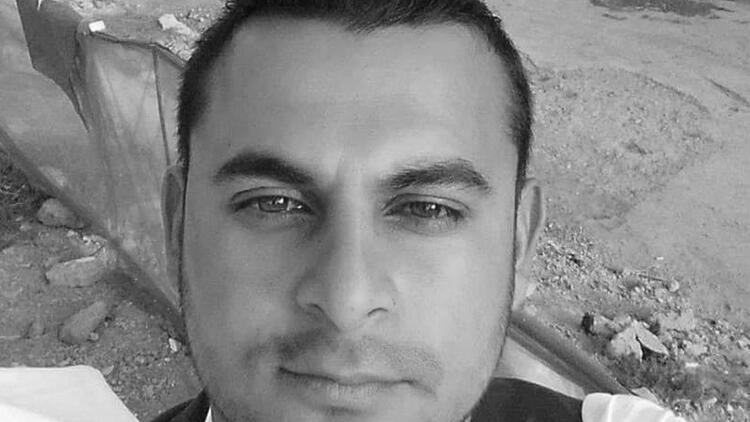 Motosikletiyle trafik levhasına çarpan Merkez Çıray, hayatını kaybetti