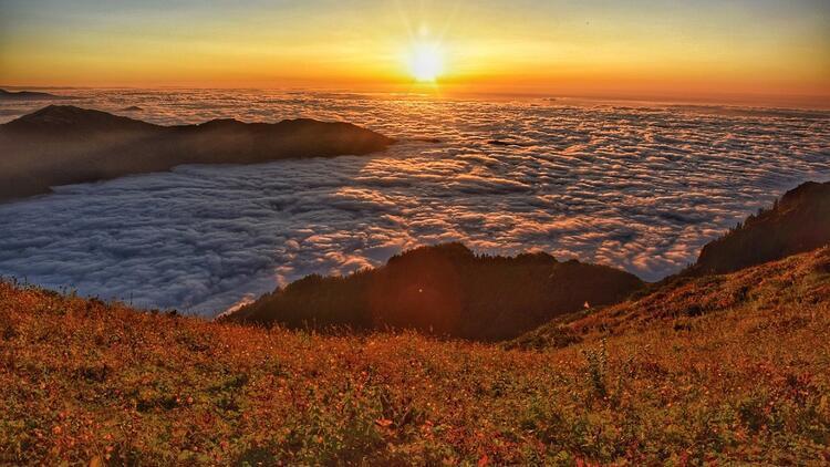 Karantina sonrası bulutlara sarılıp uyanılacak yer: Rize Yaylaları