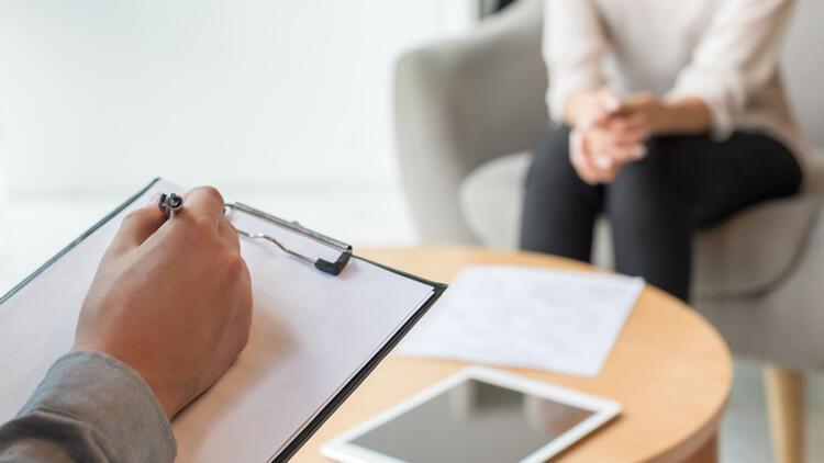 EMDR terapisi ile travmalar travma olmaktan uzaklaşır