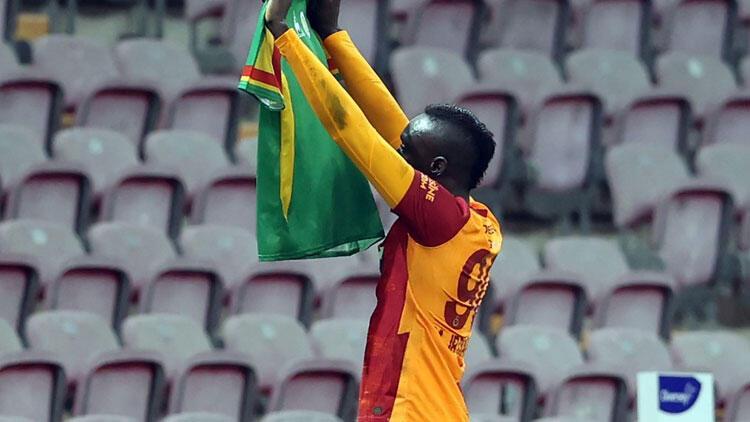 Galatasaray'da Mbaye Diagne fırsatı iyi değerlendirdi!