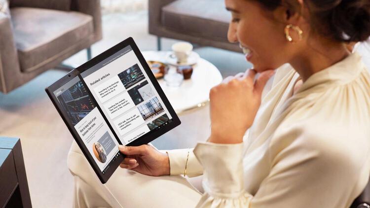 Lenovo ThinkPad X1 Fold'u Türkiye'de satışa sunuyor