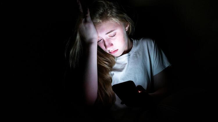 Siber zorbalık ve trolleme nedir?