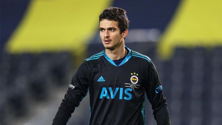 Altay Bayındır kırmızı kartla cezalı durumda! Gaziantep FK maçında kale için ilk aday Oytun Özdoğan | Son Dakika Fenerbahçe Haberleri
