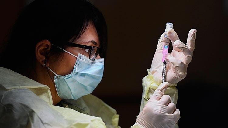 Kanada halkının çoğunluğu Kovid-19 aşısı yaptırmak istiyor