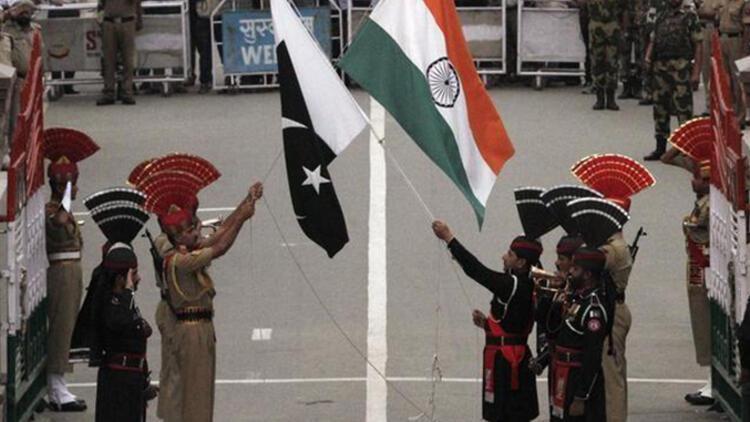Pakistan, Hindistan'ın BM gözlemcilerine ateş açtığını iddia etti