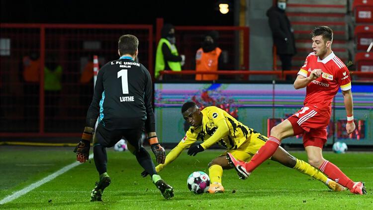 Moukoko'nun tarihi gecesinde Borussia Dortmund kayıp