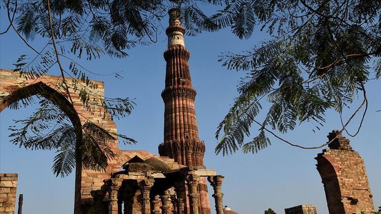 Hindistan'da kutlu bir minare: Kutub Minar