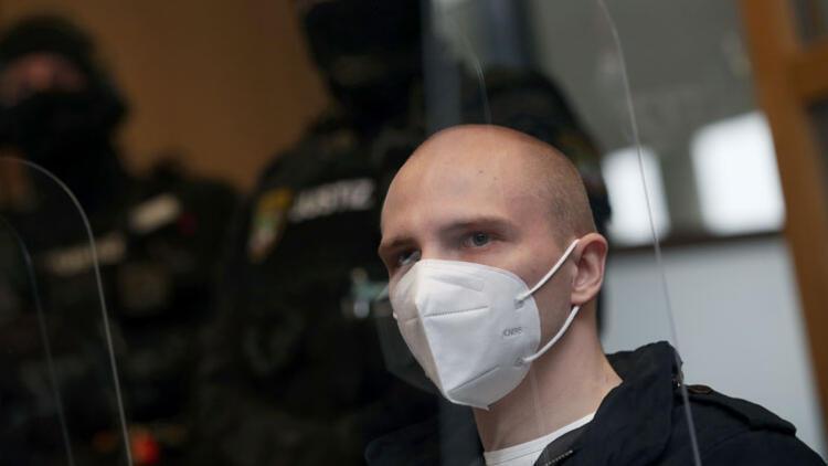 Almanya'daki ırkçı saldırgana ömür boyu hapis cezası verildi