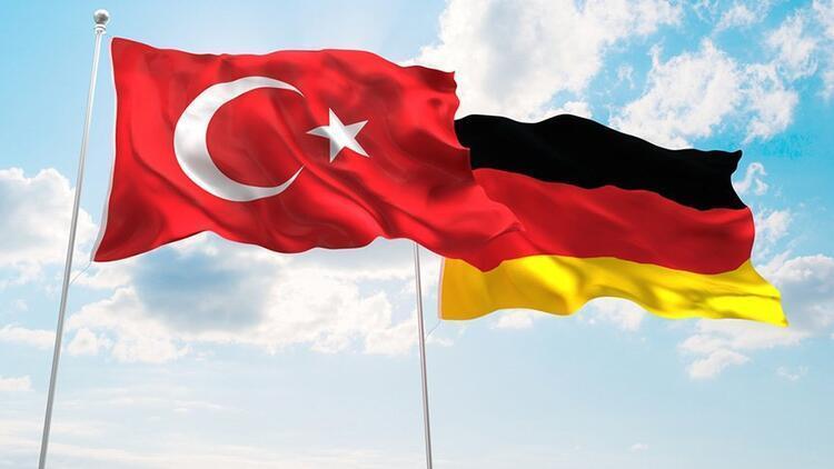 Son dakika haberi: Almanya'dan flaş Türkiye açıklaması! 'Ambargoyu doğru bulmuyoruz'