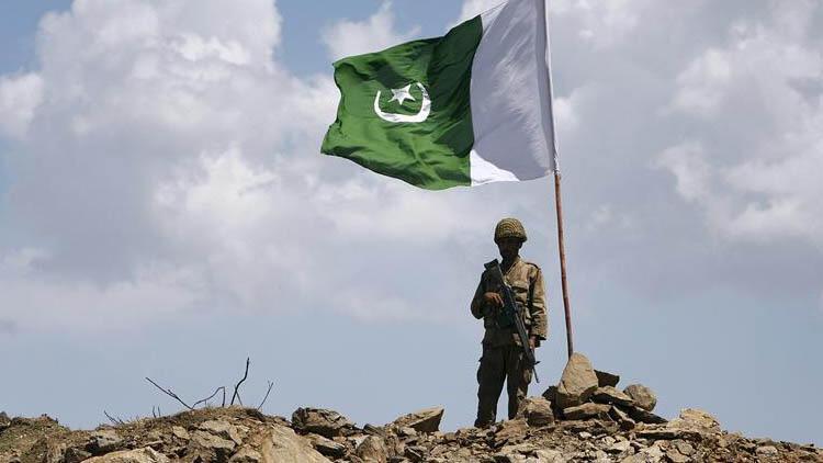 Pakistan'da 2020'ye muhalif partilerin gösterileri ve Keşmir damgasını vurdu