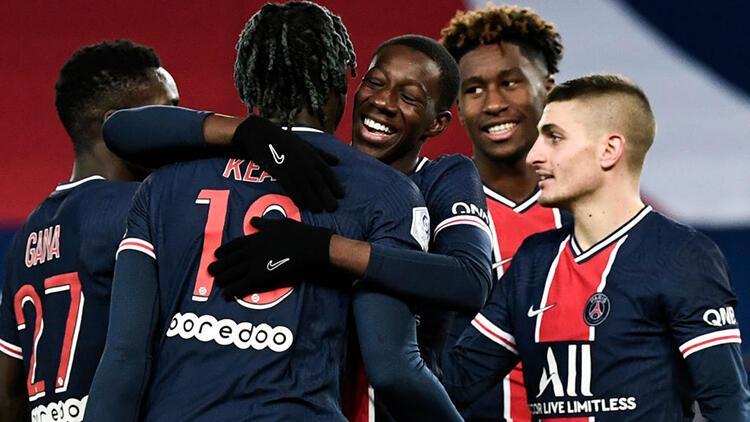 PSG, evinde Strasbourg'u 4 golle yendi