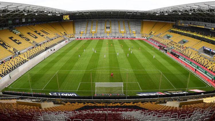 Dynamo Dresden, seyircisiz maçta 72 bin bilet sattı