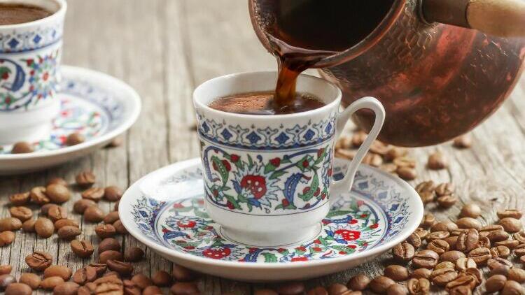 Pandemi kahve tüketimimizi de artırdı! Kişi başı 1 kilogram kahve tüketiyoruz