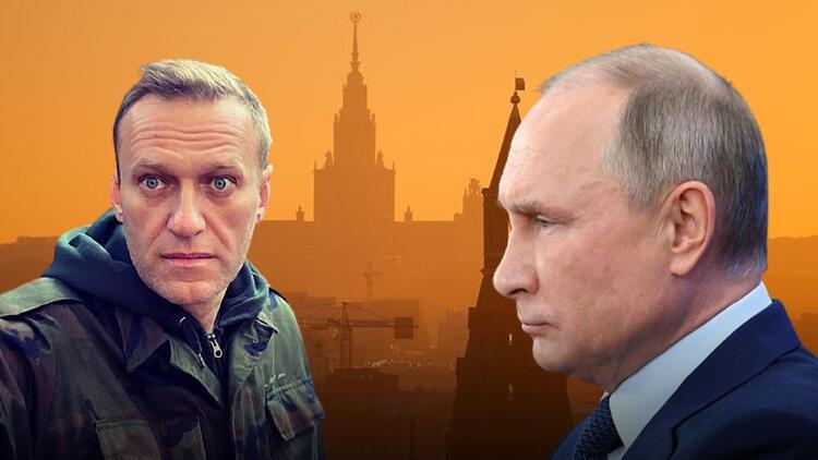 Rus muhalif lider Aleksey Navalni'den gündem yaratacak sözler! Kamuflajları giyindi ve konuştu...