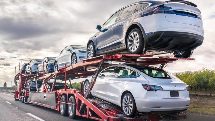 Tesla kendi milyonerlerini yarattı
