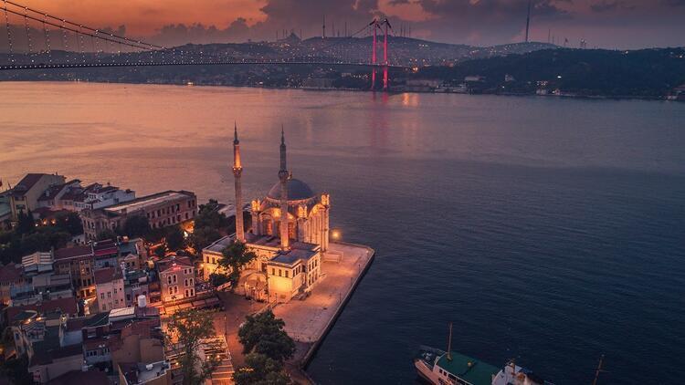 İstanbul'a imzasını atan aile