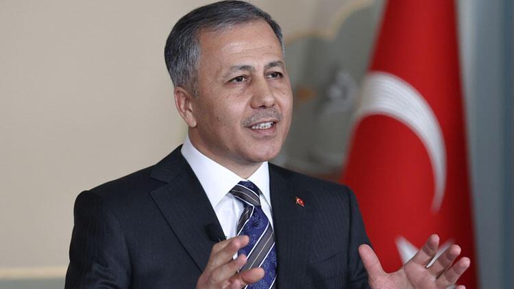 İstanbul'da yılbaşı tedbirleri... Vali Yerlikaya duyurdu: 34 bin 247 arkadaşımız görevinin başında olacak