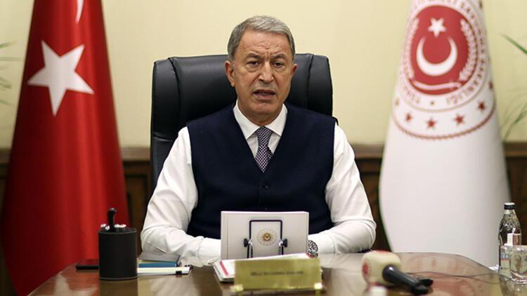 Milli Savunma Bakanı Akar'dan yeni yıl mesajı